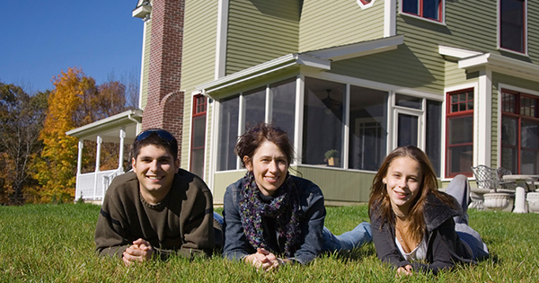 Future Homeowners Share American Dream   Keeping Current Matters